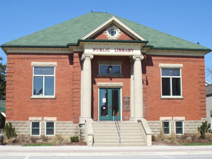 Mount Forest branch exterior